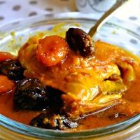 Tagine de poulet aux fruits secs (pruneaux & abricots)