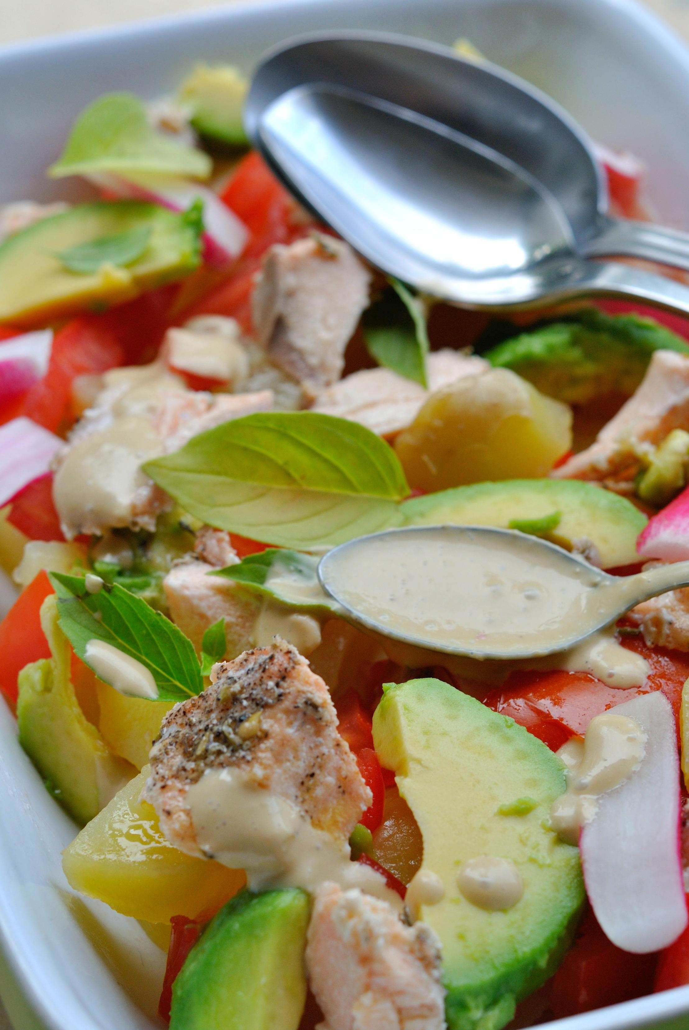 Salade de pomme de terre saumon cuit radis avocat et tomates vinaigrette cr meuse sans mayo - Mayonnaise sans vinaigre ...