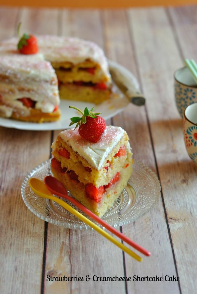 Strawberries & Creamcheese Shortcake Cake 3
