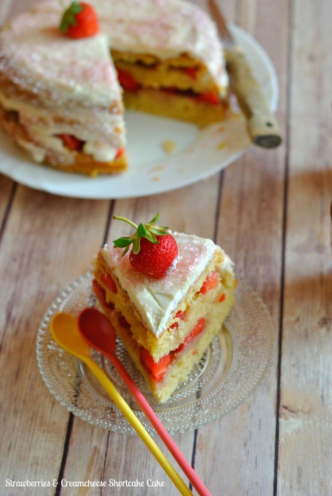 Strawberries & Creamcheese Shortcake Cake 5